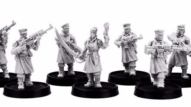 raus-fem-squad-1.jpg